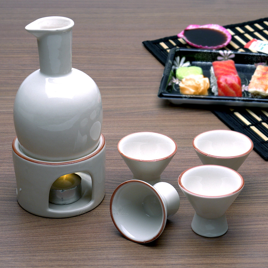 sake-set-cream62024.jpg